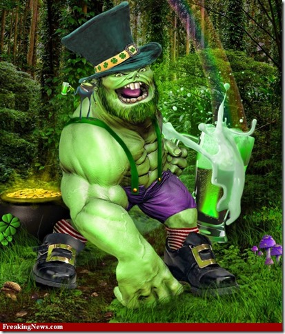 Irish-Leprechaun-Hulk-Drinking-Green-Beer--69304